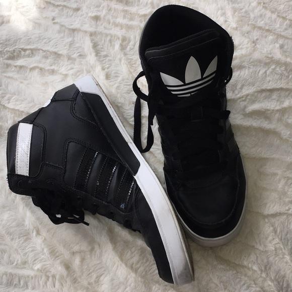 le adidas donne 10 o 12 alta scarpa poshmark mens